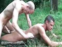 Homos hot for a good time in the park part3